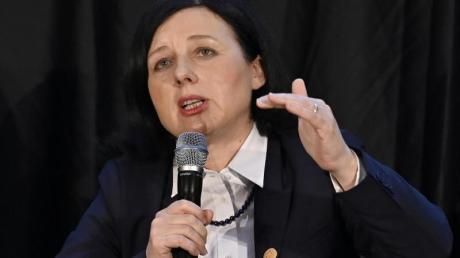 «Müssen besonders wachsam sein, wenn es um Rassismus bei der Strafverfolgung geht»: EU-Kommissionsvizepräsidentin Vera Jourova.