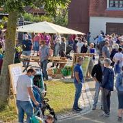 Mit rund einem Dutzend Ständen startete das Projekt Zusammärktle in Altenmünster.