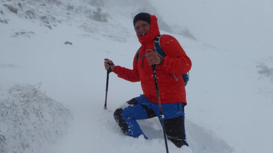 Wintereinbruch im September: Markus Steidl auf dem Weg zur Kanzelwand