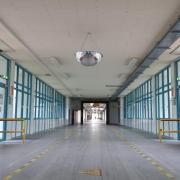 Die Hallen des Fujitsu-Werks in Augsburg wurden besenrein gemacht und stehen zum Verkauf.