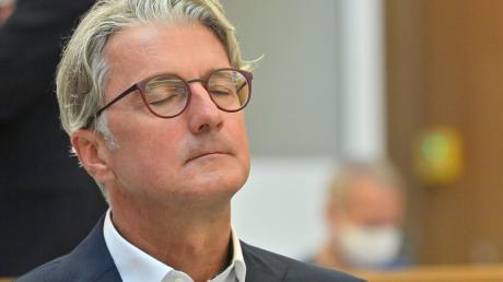 Der unter anderem wegen Betrugs angeklagte langjährige Audi-Chef Rupert Stadler im Landgericht München.