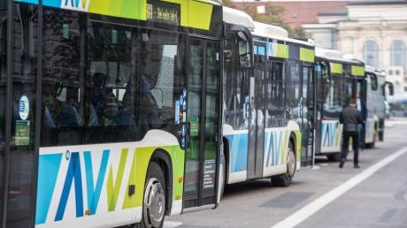 Die Kornstraße in Kissing wird zeitweise für den Busverkehr gesperrt.