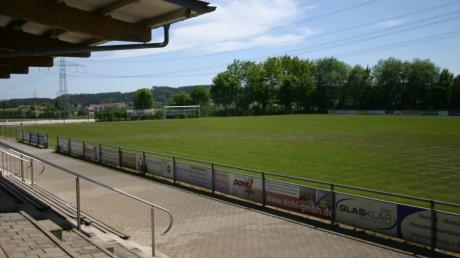 Die Abrechnung für die Erweiterung der Sportanlage des SSV Alsmoos-Petersdorf sorgt jetzt im Gemeinderat Petersdorf für Diskussionen.