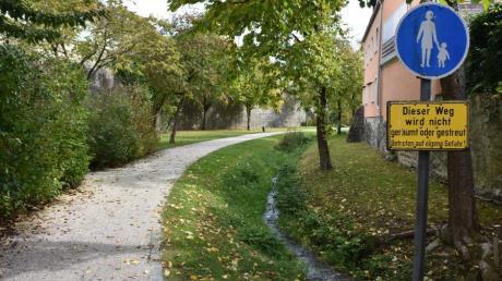 Der historische Stadtgraben an der Wemdinger Altstadt im Bereich des Johannisgrabens könnte in das Konzept einer Landesgartenschau einbezogen werden.