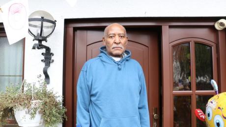 Wade Murphy aus Aindling hat eine Coronavirus-Infektion mit schwerem Verlauf knapp überlebt. Der 74-Jährige wurde im Krankenhaus Aichach behandelt.
