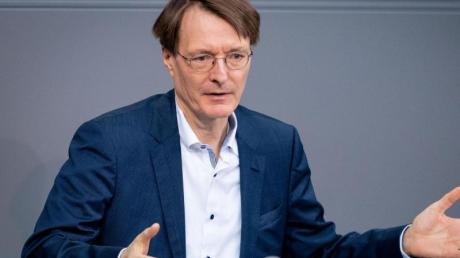 «Es wird darauf ankommen, wie sich die Bevölkerung verhält. Das ist wichtiger als einzelne Maßnahmen. Viele Auflagen lassen sich ohnehin schwer überprüfen», sagt Karl Lauterbach.
