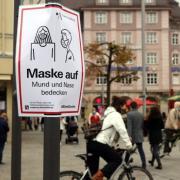 Augsburg hat sich zum Corona-Hotspot entwickelt, weshalb in der Innenstadt nun auch eine Maskenpflicht gilt.