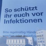 In Augsburg steigt die Zahl der Corona-Neuinfektionen weiter deutlich an. Die Sieben-Tage-Inzidenz liegt nun bei 177,5.