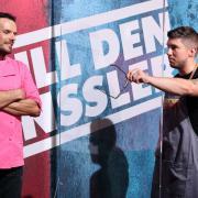 """""""Grill den Henssler"""" Herbst 2020 läuft heute mit Folge 1. Zum Staffelstart bringt Joey Heindle den Henssler (l.) mit der Vorspeise gegen sich auf. Alle Infos in der Vorschau."""