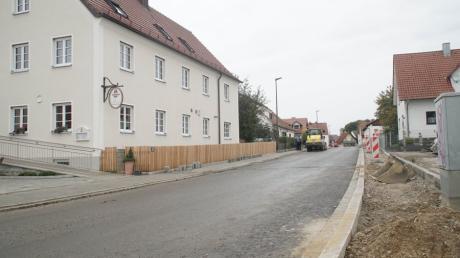 Der Ausbau der Blumenthaler-Straße in Klingen ist bald weitgehend abgeschlossen. Im nächsten Jahr muss allerdings noch die Anknüpfung an die Fuggerstraße erfolgen.