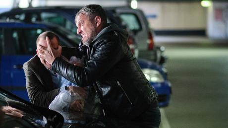 """Die Kommissare Thorsten Lannert (Richy Müller) und Sebastian Bootz (Felix Klare) haben es in der Tatort-Folge """"Der Welten Lohn"""" mit einem Krieg am Arbeitsplatz zu tun."""