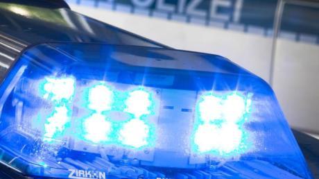 Die Polizei hat in Wallerstein einen Autofahrer kontrolliert.