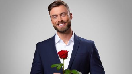 Niko Griesert ist der Bachelor 2021. Übertragung live im TV und Stream und Wiederholungen - lesen Sie hier alle Infos zur Ausstrahlung von Staffel 11.