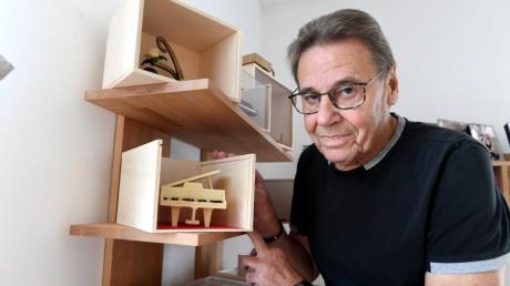Hannes Lutz aus Gersthofen macht Kunstwerke aus Schokolade.
