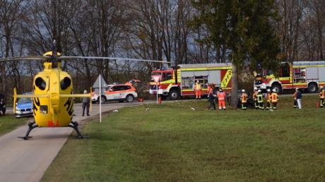 Zwischen Hiltenfingen und Ettringen hat sich am Montagnachmittag ein schwerer Unfall ereignet.