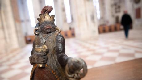 Vor allem um ihn ist der Krippenstreit entbrannt: die Figur des schwarzen Königs Melchior, der in Ulm auch Brezelkönig genannt wird.