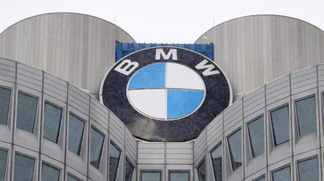 Freude am Ausschütten: Der Münchner Autobauer BMW will über 1 Milliarde Euro für das vergangene Corona-Jahr an die Anteilseigner überweisen.