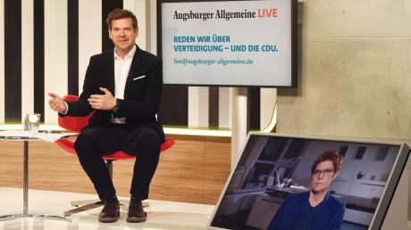 Annegret Kramp-Karrenbauer ist Gast im Live-Interview mit Chefredakteur Gregor Peter Schmitz.