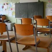 Die Stadt Augsburg gab am Dienstag eine Reihe von verschärften Corona-Maßnahmen bekannt. Neben Schulen sind auch weitere Bildungsangebote betroffen - die teils nicht mehr stattfinden dürfen.
