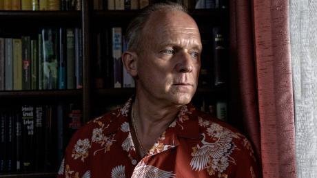 "Felix Murot alias Walter Boenfeld (Ulrich Tukur): Szene aus dem Wiesbaden-Tatort ""Die Ferien des Monsieur Murot"", der heute im Ersten läuft."