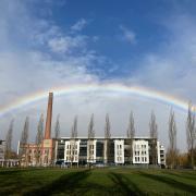 Regenbogen über dem Textilviertel