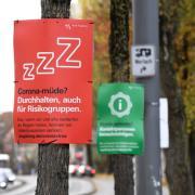Die Stadt Augsburg hat weiter mit hohen Corona-Fallzahlen zu kämpfen. Ab Freitag werden deshalb die Regeln verschärft.