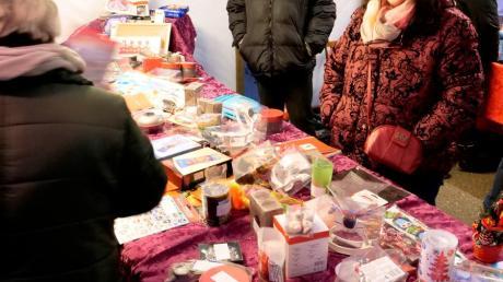 Das Archivbild zeigt den Weihnachtsmarkt Wittislingen beim Zehentstadel .