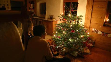 Im kleinen Kreis:Große Familienfeiern zu Weihnachten soll es 2020 nicht geben.