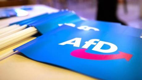 Wegen eines Facebook-Beitrags soll sich der ehemalige Chef der Augsburger AfD bald vor Gericht verantworten.