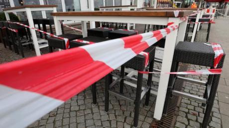 Ein geschlossenes Lokal in Warnemünde.