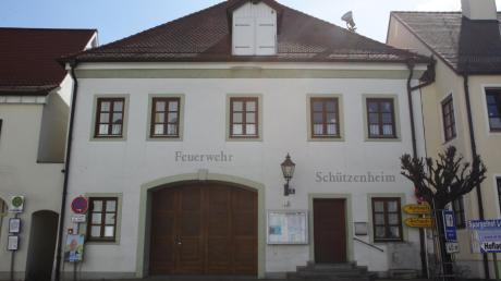 Die Schützengesellschaft Jägerblut Inchenhofen will im alten Feuerwehrhaus unter anderem Umkleidekabinen einbauen.