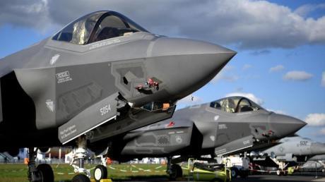 Lockheed Martin F-35 Tarnkappen Mehrzweck Kampfjet der USA auf der Raumfahrtausstellung (ILA) in Berlin. Die USA sind der dominierende Akteur unter den Waffenexporteuren.