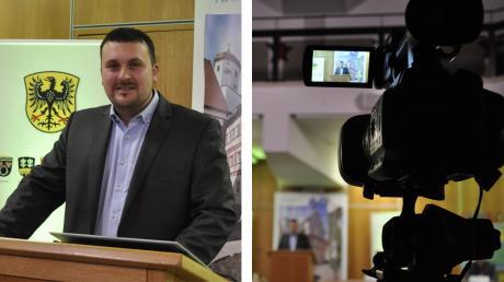 Christoph Schmidt trat zusammen mit seinen Mitarbeitern aus dem Rathaus vor die Kameras, um den Bewohnern aus der Kernstadt und den Ortsteilen in Harburg online über das Jahr zu berichten und live Fragen zu beantworten.