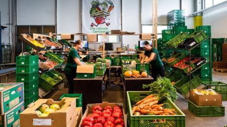 Die rollende Gemüsekiste gibt es seit 25 Jahren. Sie ist zuletzt vom Affinger Ortsteil Gebenhofen nach Augsburg umgezogen.