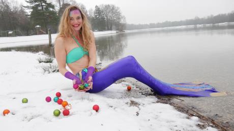 Mit ihrer Aktion am Weitmannsee in Kissing will Schwimmlehrerin Manuela Ringel Mut machen.