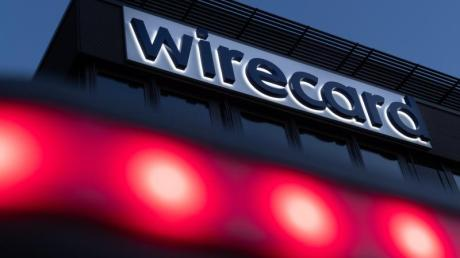 Lange der Liebling von Politik und Börsenprofis: Die Insolvenz von Wirecard hat viele Privatanaleger viel Geld gekostet.