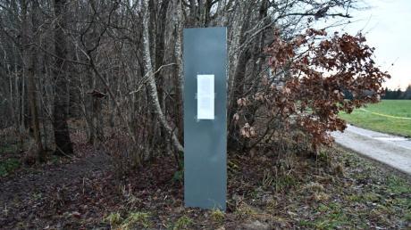 Ein Monolith oder doch eher eine Stele? Das Geheimnis ist gelüftet.