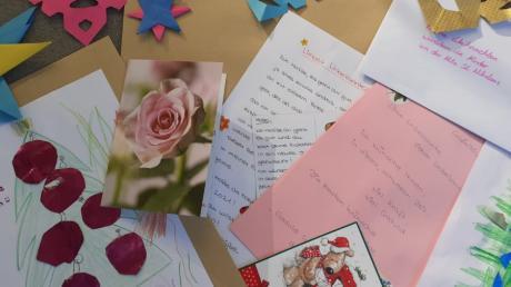 Die Großaitinger Jugendbeauftrage Denise Fischer hat mehr als 160 Briefe an ältere Menschen verteilt. Für ihre Aktion erhielt sie viel positive Rückmeldung.