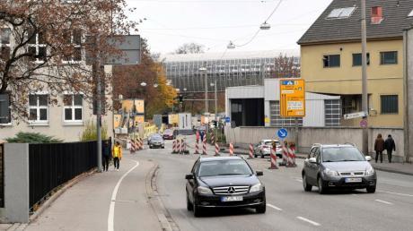 Auch vergangenes Jahr war die Stadtbachstraße bereits Baustelle. Ab Montag wird der Autoverkehr aber nicht mehr stadtauswärts fließen können.