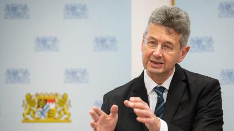 Der bayerische Kultusminister Michael Piazolo.