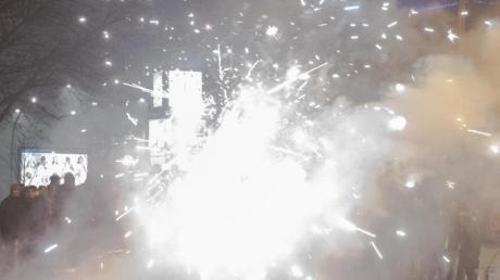 Silvester 2019 in Berlin: Böller und Raketen steigen in die Luft.