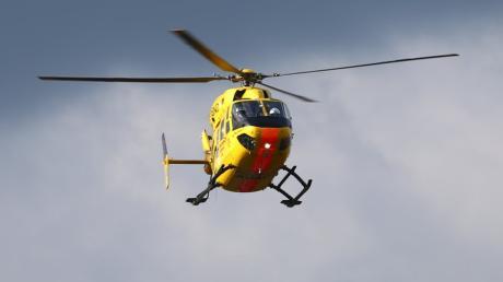 Bei einem Unfall zwischen Hergertswiesen und Eurasburg war der Rettungshubschrauber im Einsatz.