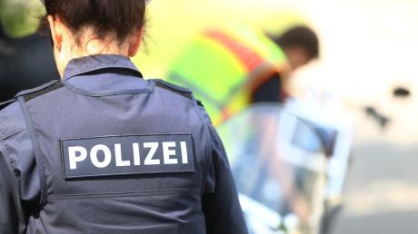 Beim Rangieren stieß ein Autofahrer in Horgau mit einem anderen Auto zusammen.