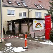 Das Kursana Seniorenheim in Bobingen hat mit einem massiven Corona-Ausbruch zu kämpfen. Mehr als 60 Bewohner haben sich mit dem Virus infiziert.