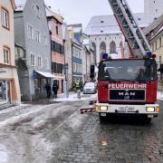 Weil ein Nachtspeicherofen in einem Haus brannte, musste der Hinteranger in Landsberg kurzfristig gesperrt werden.