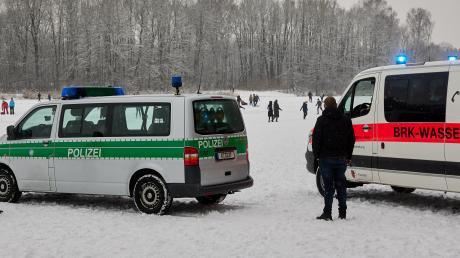 Die Wasserwacht warnt weiterhin davor, die Seen im Raum Augsburg zu betreten.