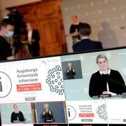 Augsburgs Oberbürgermeisterin Eva Weber informiert in einer Pressekonferenz über die Corona-Lage in Augsburg.