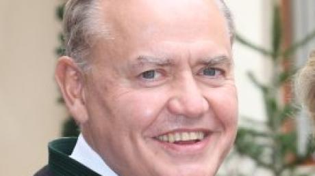Hofhegnenbergs Schlossherr Peter Löw hat seine Autobiografie veröffentlicht.