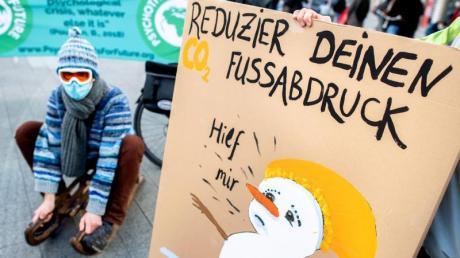 """Die Bewegung """"Fridays for Future"""" tritt für Klimaschutz ein."""