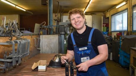 Florian Berlinger hat bereits mit 24 Jahren den Betrieb seines damaligen Chefs übernommen. Der heute 27-Jährige ist zudem in Apfeldorf in vielen Bereichen engagiert.